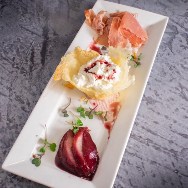 Appetizer: Stracciatella & Prosciutto di Parma - Gusto Ristobar